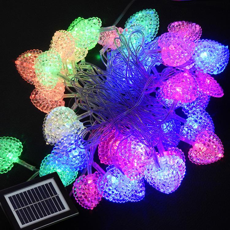 innovative design 72c35 afc0f Heart-shaped solar string lights